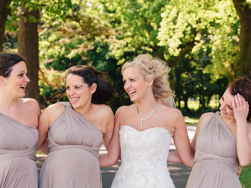 Want the BEST bridesmaid speech EVER? Step aside boys, the girls are here! With guidance usually geared to guys, here's the lowdown on how your girls can nail their bridesmaid speech