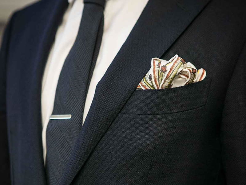 6 Things For The Groom To Consider When Choosing A Pocket