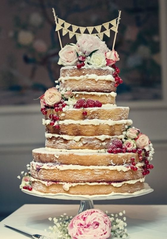 Make your wedding cake a GBBO-worthy showstopper with our pick of the best botanical wedding cakes to inspire your dream day!