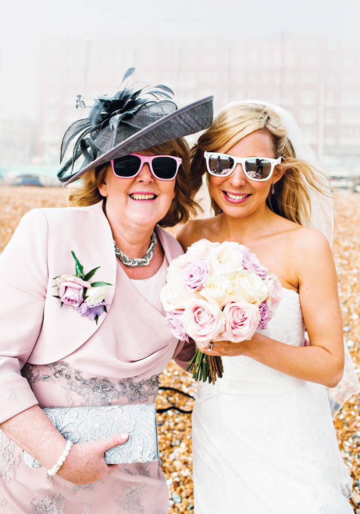 6 Ways to Involve the Mother of the Bride
