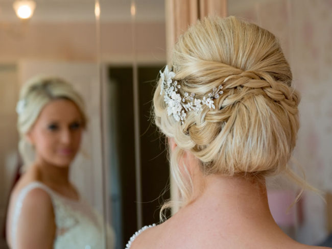 Wedding Hair Accessories: Your Guide to Bridal Hair Accessory Ideas bridal headpiece