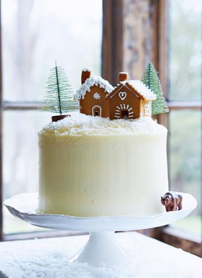 11 Festive Bakes For Your Christmas Wedding Table Wedding Ideas
