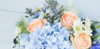 Something old, something new, something borrowed, something BLUE! Even if you're not a big fan of the colour, you'll love one of these 11 beautiful ideas...