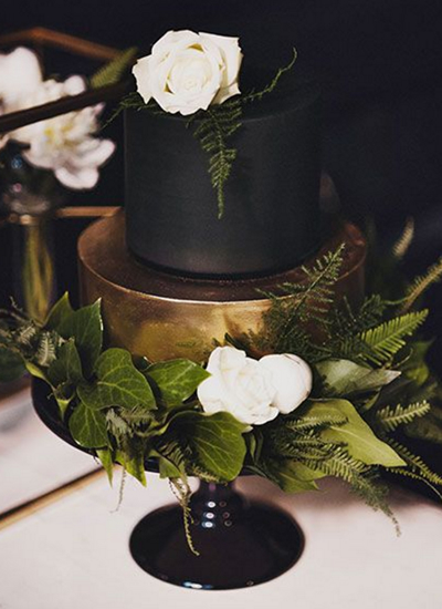 Black wedding cakes2
