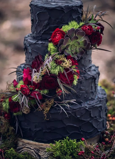 Black wedding cakes4