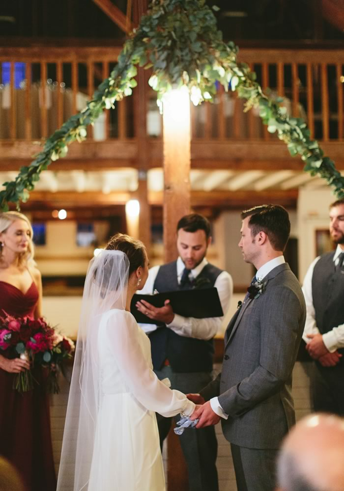 wedding ceremony- Barn Wedding Decor and how to Style It