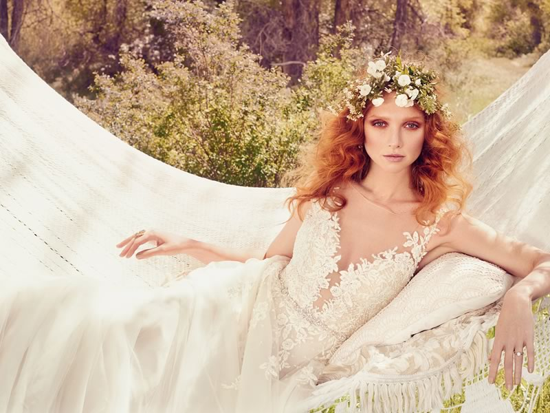 11 Relaxed Wedding Dresses For The Laid-back Bride