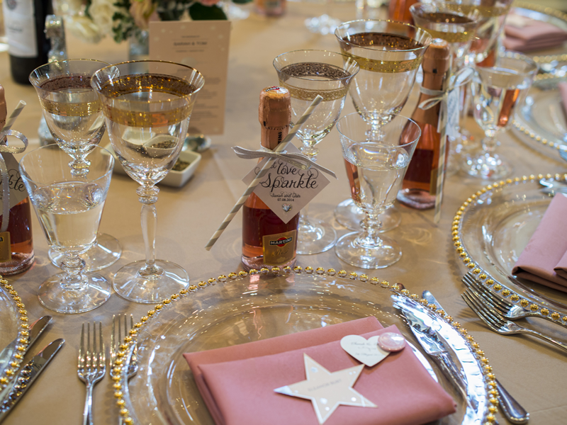 Gold, glitter and silver adorned details of this sparkle-themed day