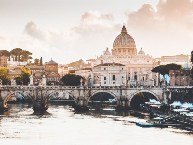 Last Minute Most Desirable Destinations for Valentine's Day! Rome