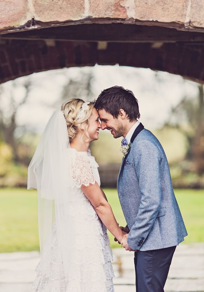 Savvy spending in key places is essential to get your ideal wedding within your ideal budget. Use these six tips to create your dream wedding for less...