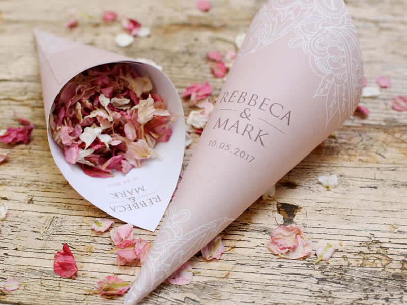 Personalise your pink confetti cones