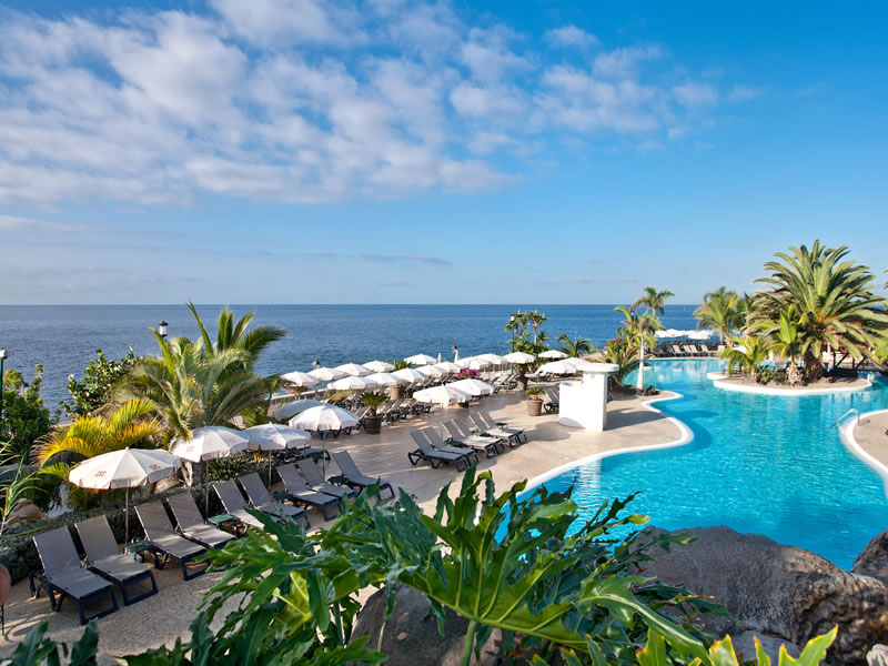 Fresh air, golden beaches, sunshine and star-gazing: Tenerife makes an incredible hot honeymoon destination