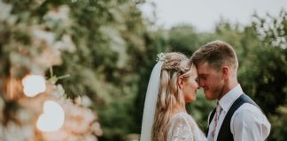 Ready to save yourselves time, money and heartbreak when you're planning your wedding? Then these 5 winning wedmin strategies are for you!