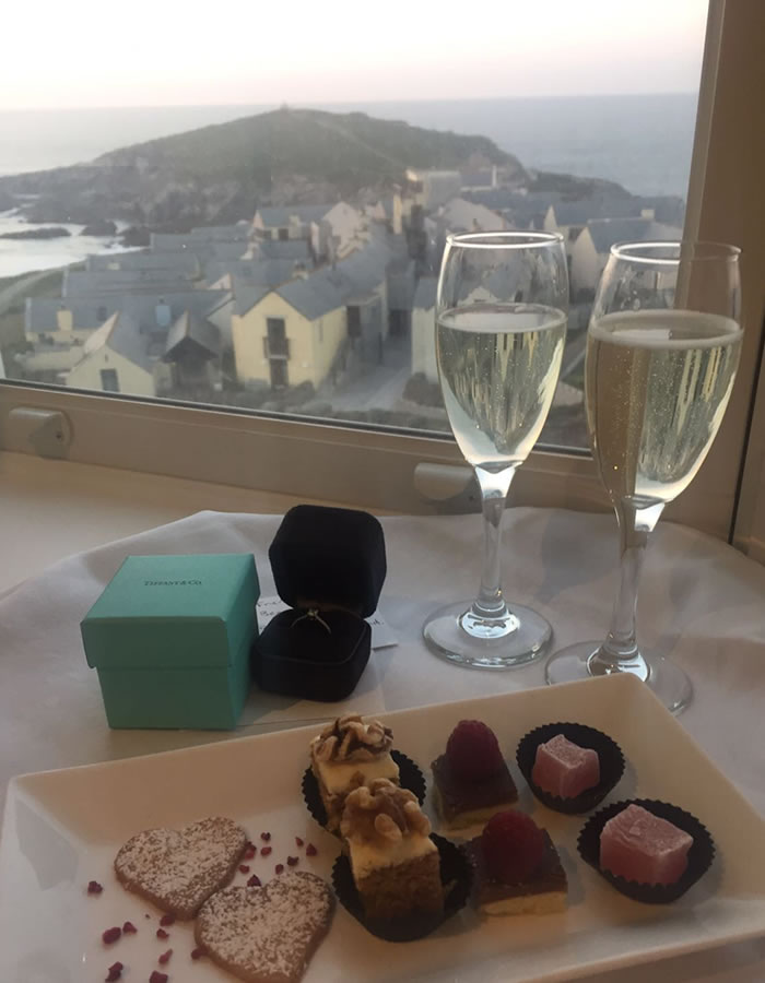 A blog by Becci! Our Deputy editor documents her very own perfect proposal during a romantic weekend away at Headland Hotel!