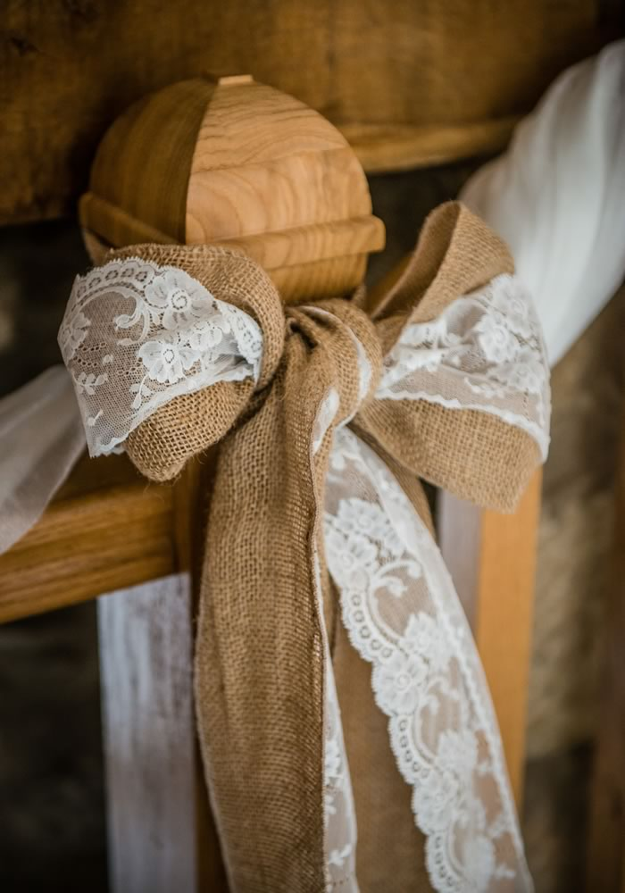 Copper, hessian, ivy, candlelight, pumpkins... there is everything to love about autumn wedding decor. We showcase the prettiest ideas for the season...