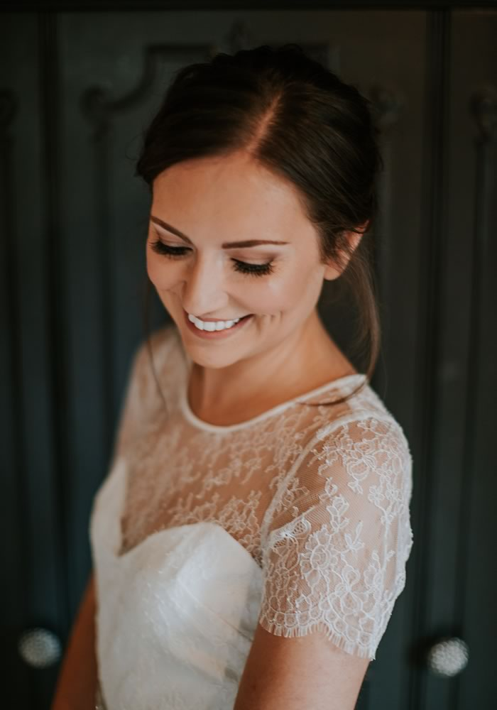 Want to look your beautiful best on your wedding day? Of course you do! And with these 13 expert bridal beauty secrets, you really can...