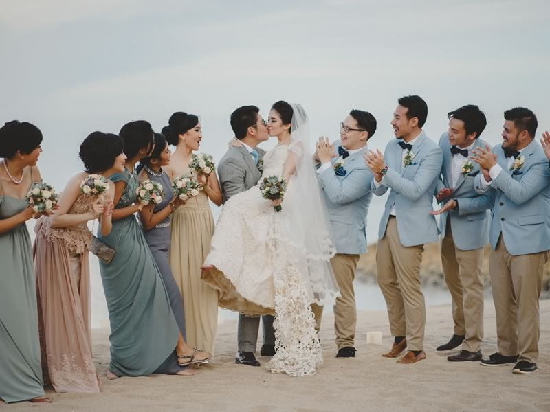 6 Of The Prettiest Beach Wedding Photo Ideas Wedding Ideas Magazine