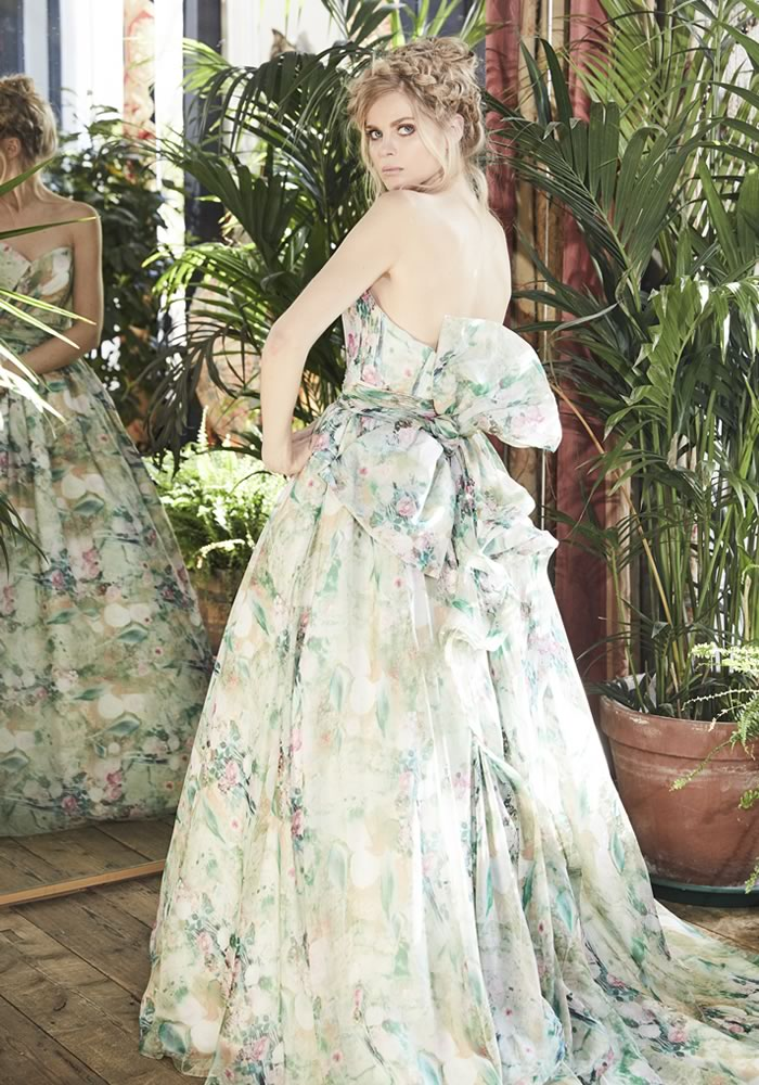 Whether you go subtle with blush and antique gold or statement with navy, red or floral, these colourful wedding dresses will make you rethink wearing white