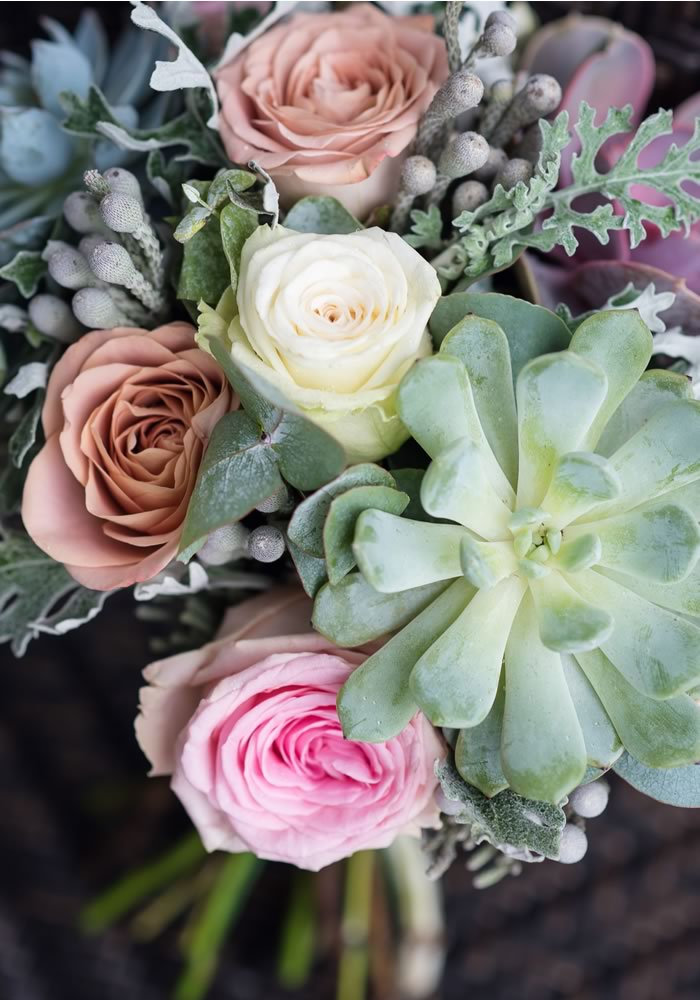 Lauren and Oliver weren't afraid to follow their hearts when they tied the knot, choosing a doughnut wedding cake and succulents, beautiful wedding trends