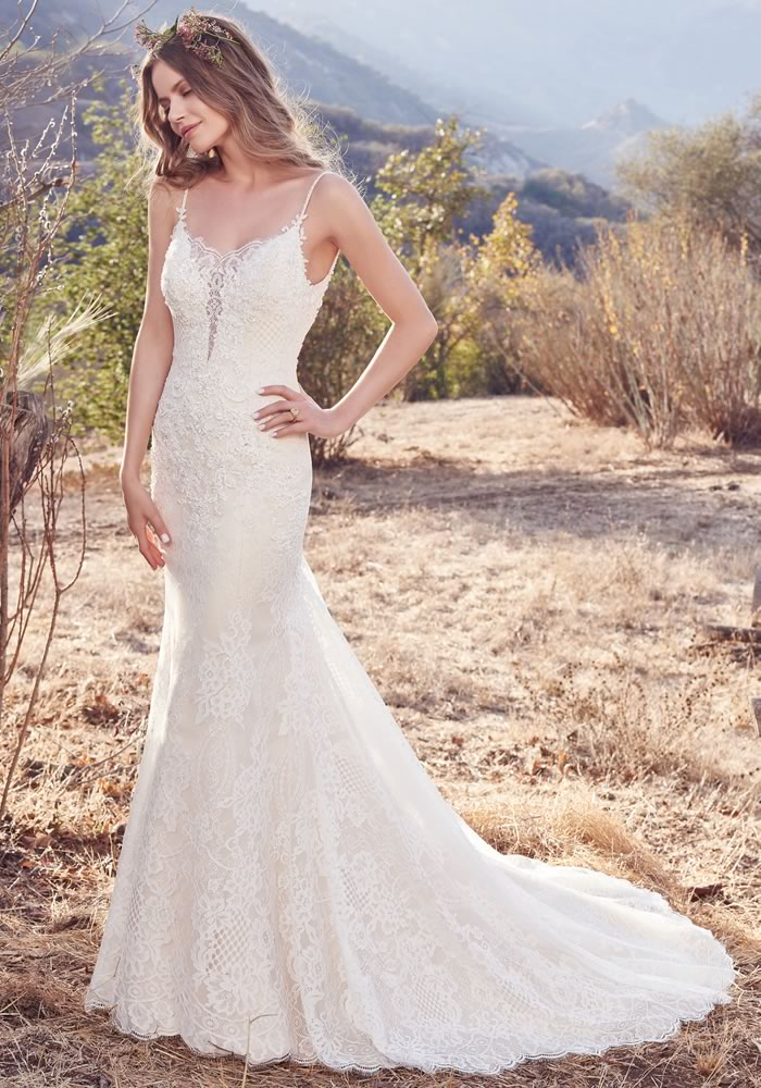 Will you join the club of Maggie brides? We just know that the Maggie Sottero new collection will tempt you, with silhouettes for every shape!