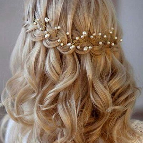 13 ways with a favourite NEW trend for accessories according to Pinterest - pearl pins for elegant up dos and braided locks for brides