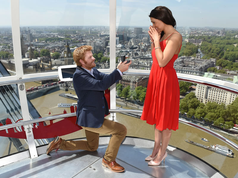 Stunned onlookers caught a glimpse of a royal proposal like no other in London yesterday...