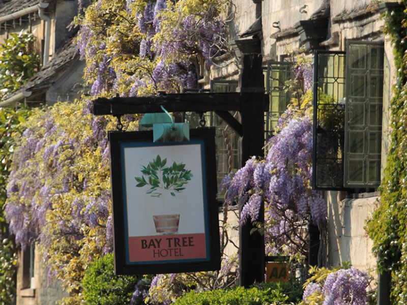 TOP 10 Cotswolds Wedding Venues: The Bay Tree