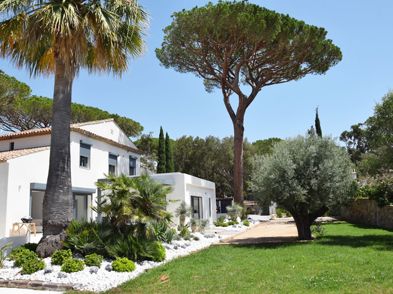 CV Villas has revealed the top holiday destinations loved by royalty – from exotic island escapes to glamorous getaways to the South of France: Villa Ceclie