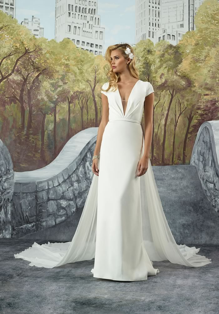 Justin Alexander Collection: Minimalist Wedding Dresses style 8928