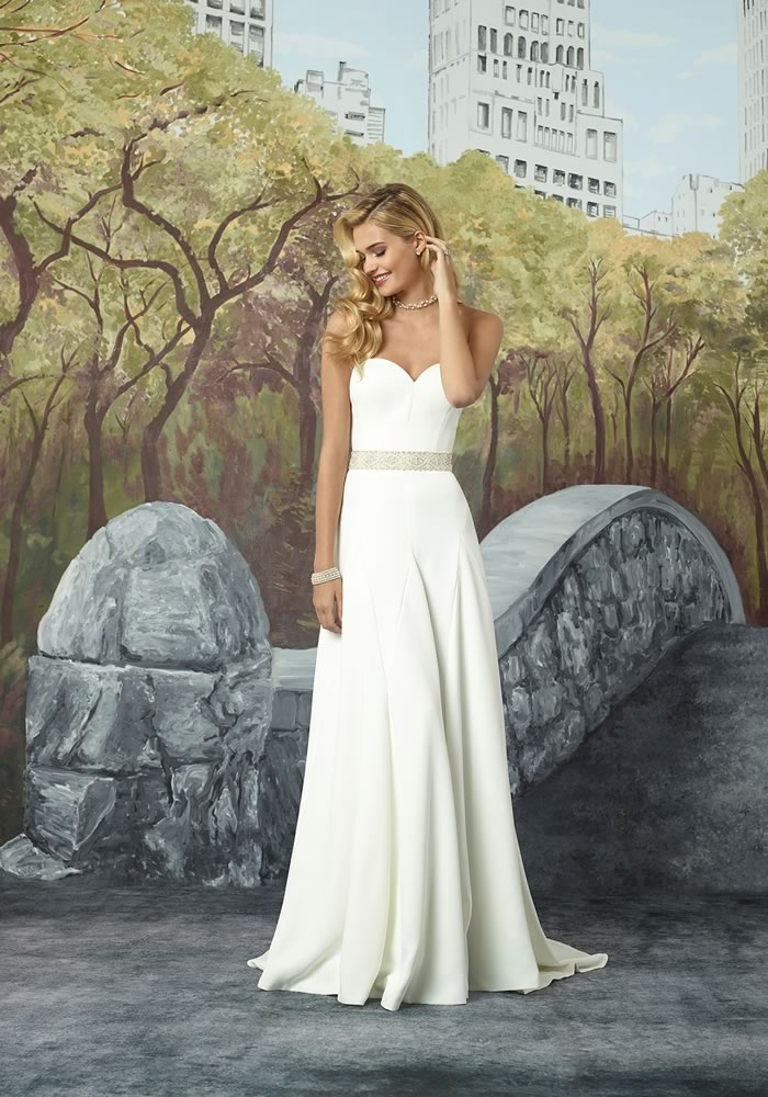 Justin Alexander Collection: Minimalist Wedding Dresses style 8932