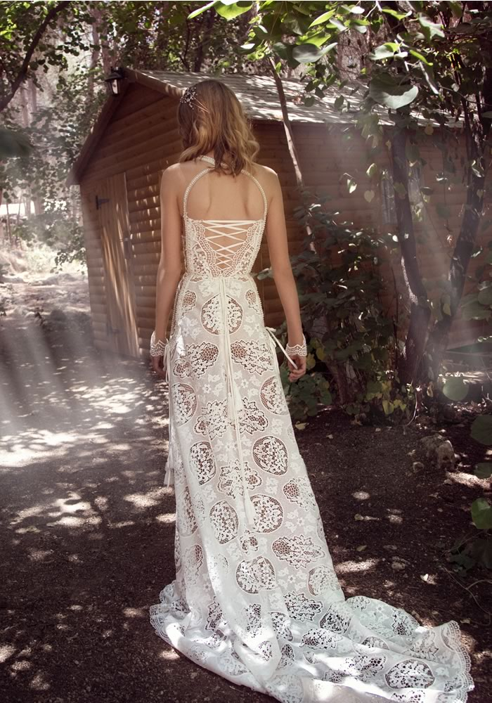 Get your first look at the Galia Lahav 2018 collection here. It's every bit as exquisite as you'd expect from this iconic high end bridal designer!