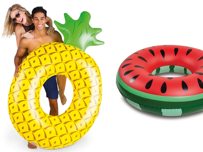 We literally can't get enough of pool inflatables! From the pages of Wedding Ideas in honeymoon essentials to one of our most popular Instagram posts...