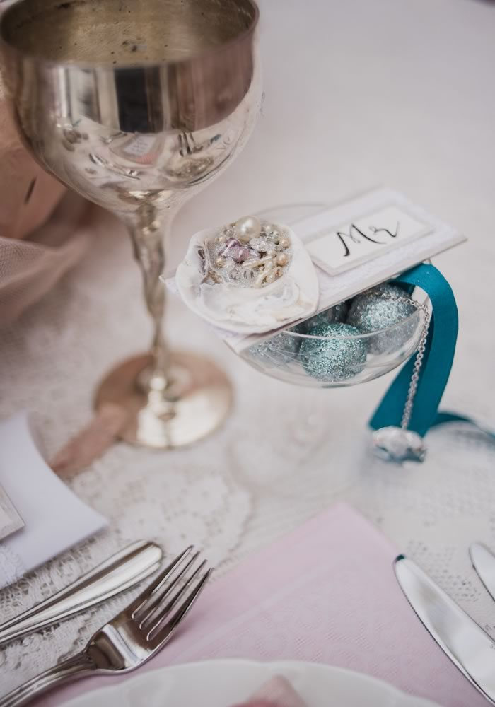 Little Mermaid table places © Liberty Pearl Photography