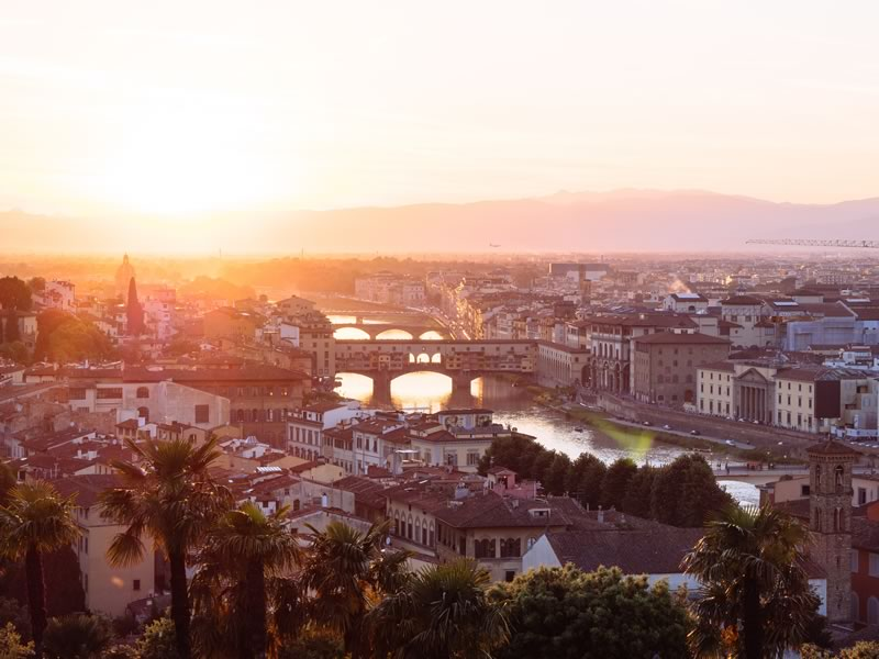 Desire Cruise make stops in Florence