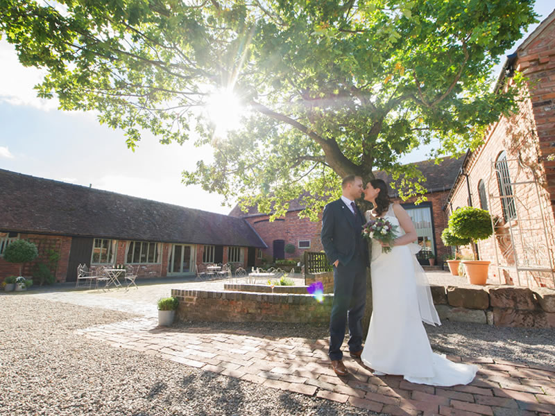 Midlands Wedding Venues: Curradine Barns