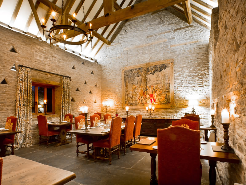 UK Country Barn Venues With A Difference: Old Downton Lodge