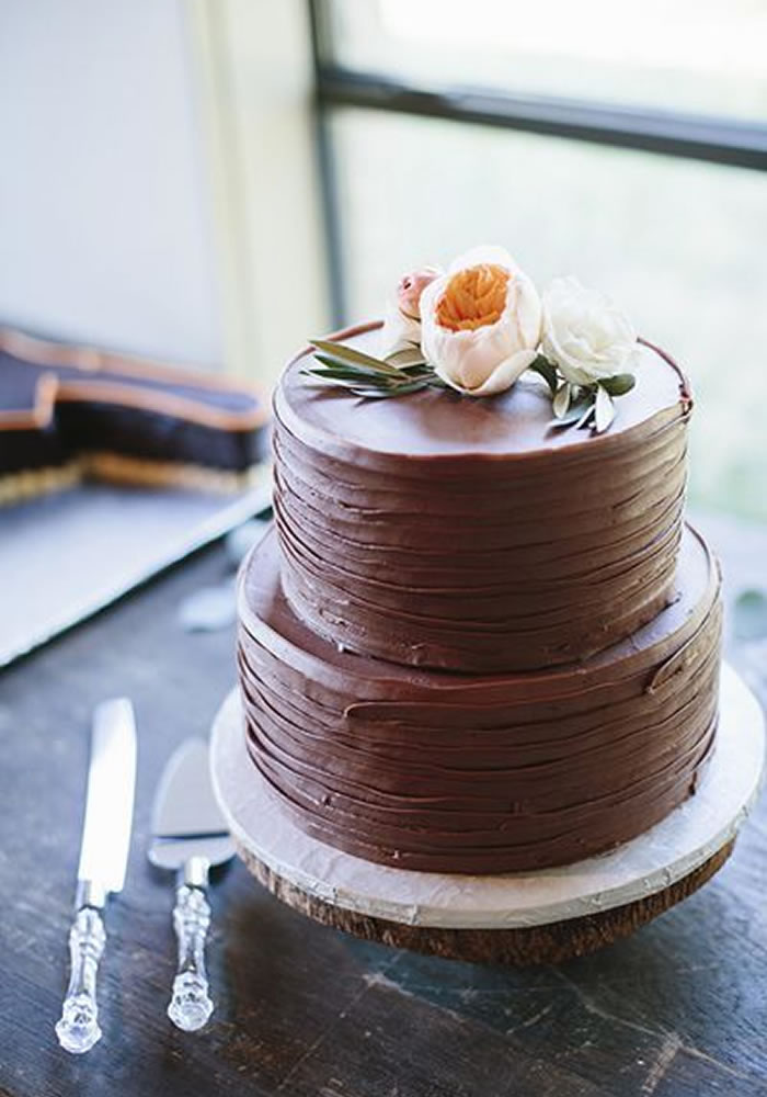 Wedding-worthy Cake Trends: Buttercream