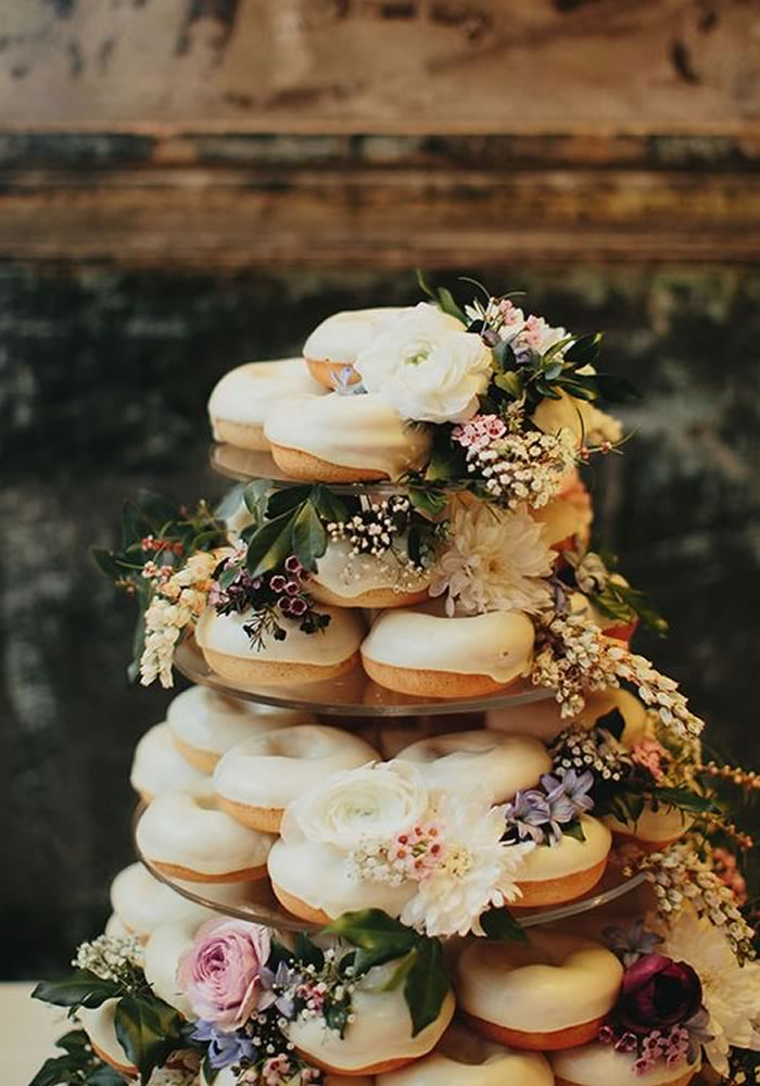 Cream wedding donuts with flowers