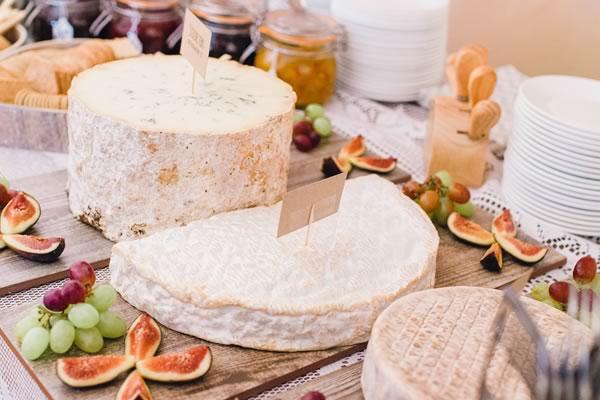 25 autumn wedding food ideas that won't blow your budget | Wedding ...