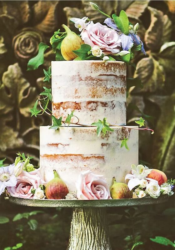 The A-Z of British Wedding Traditions and Etiquette 11 stylish and tasty cakes