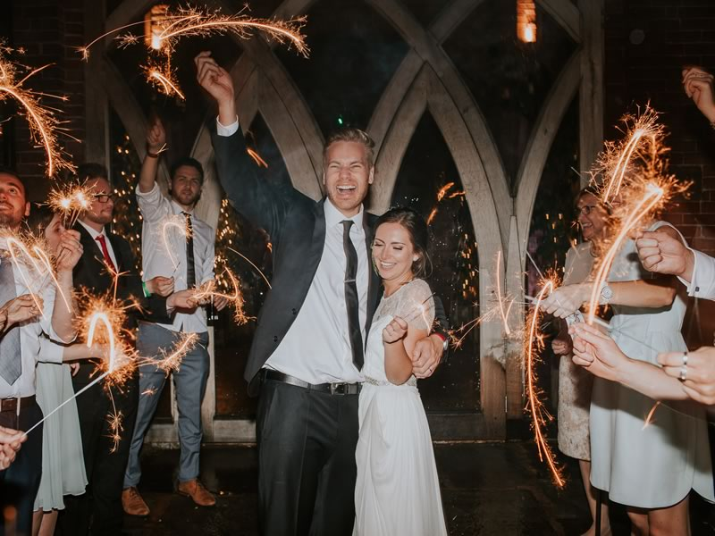 Want your wedding day to go out with a bang? How about having a sparkling send off? Here's how to plan a wedding fireworks display