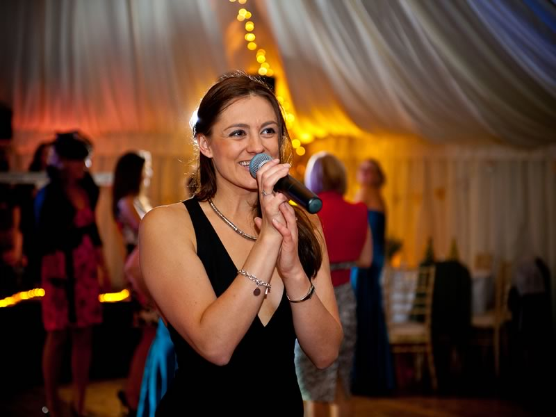Wedding Under £1,000 - Entertainment