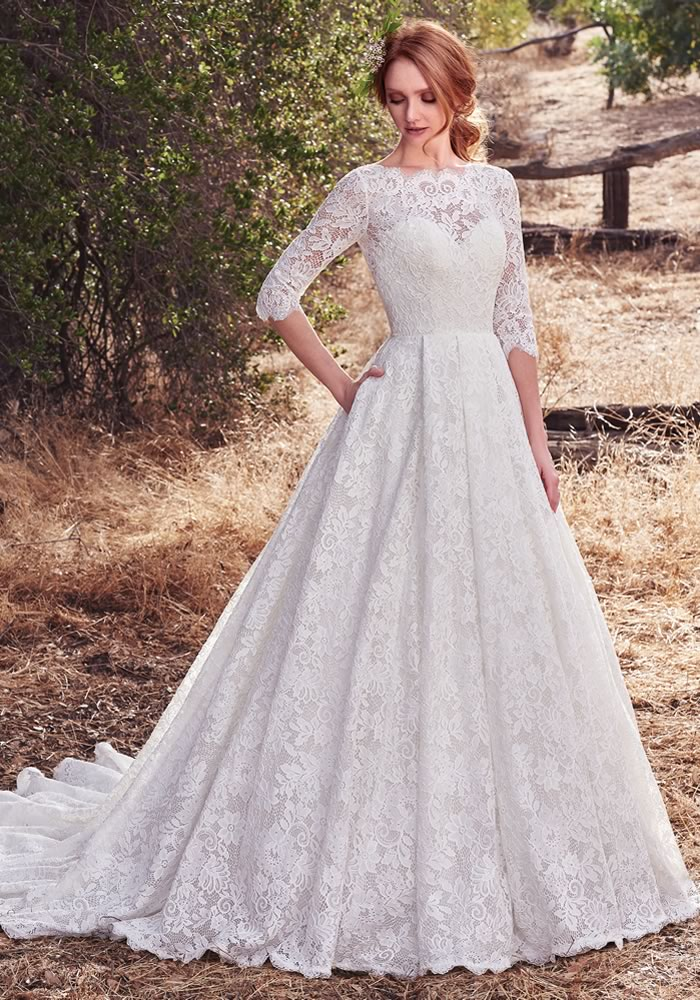 13 Autumn Wedding Dresses You\'ll Want Right Now! • Wedding Ideas ...