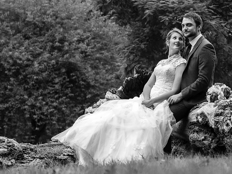 WIN £500 Off Your Wedding Photography Package Plus A Free Photo booth