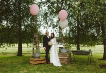 This boho barn wedding has so much style to inspire you! From incredible floral and foliage chandeliers, to DIY ladders and balloons, find your decor ideas