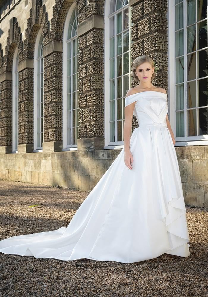 7 Bestselling Wedding Dresses Of 2017