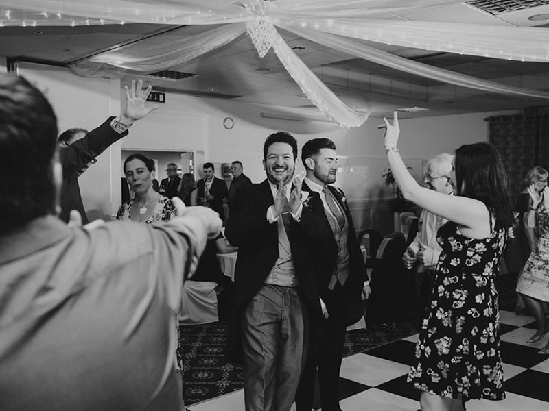 5 Top Tips to REALLY Make an Impression With Your First Dance