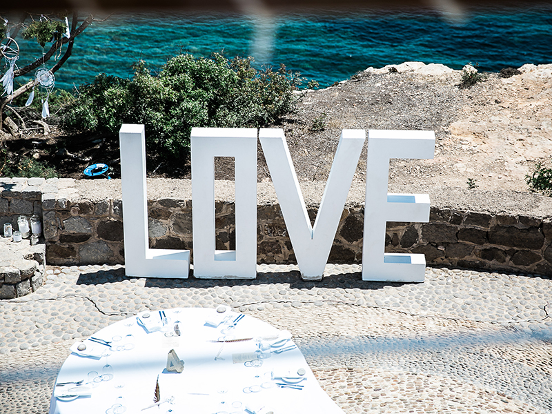 Want your wedding day to be the best party ever? Take inspiration from this bohemian Ibiza wedding for a big day that is stylish and super fun!