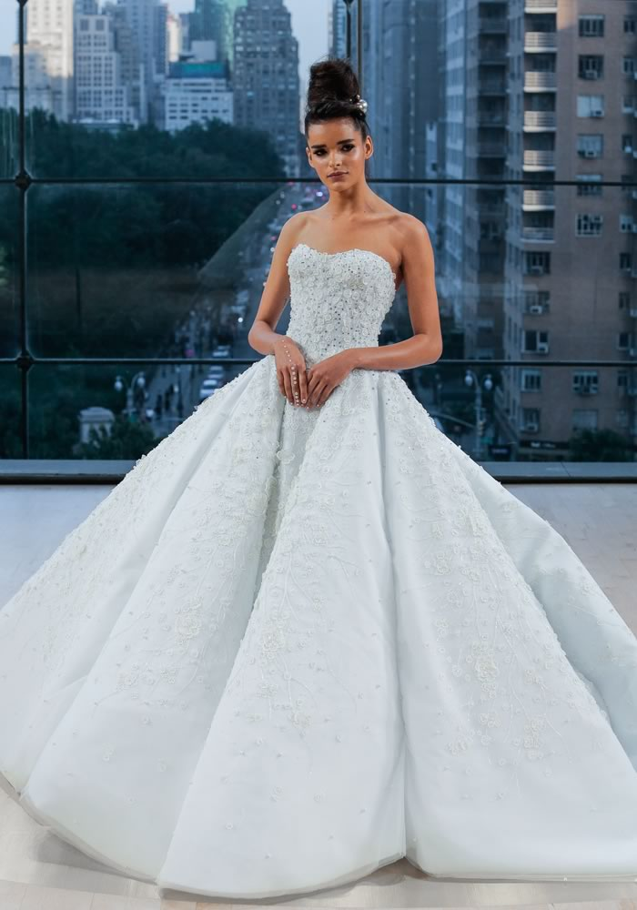 Favourite Looks: New York Bridal Week Dresses 2017