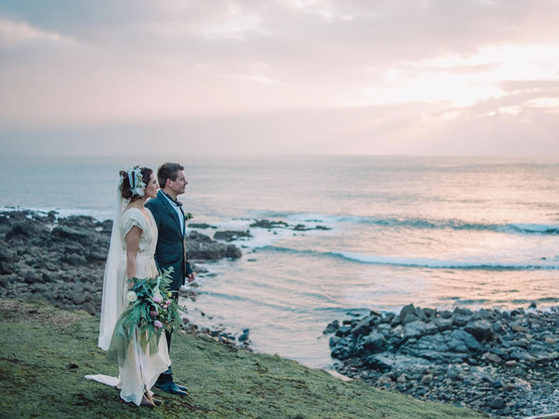 9 Things That Are A Must Before You Book Your Wedding Photographer